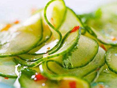 4种蔬菜和水果的皮千万不能吃