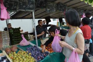 day2-market-963